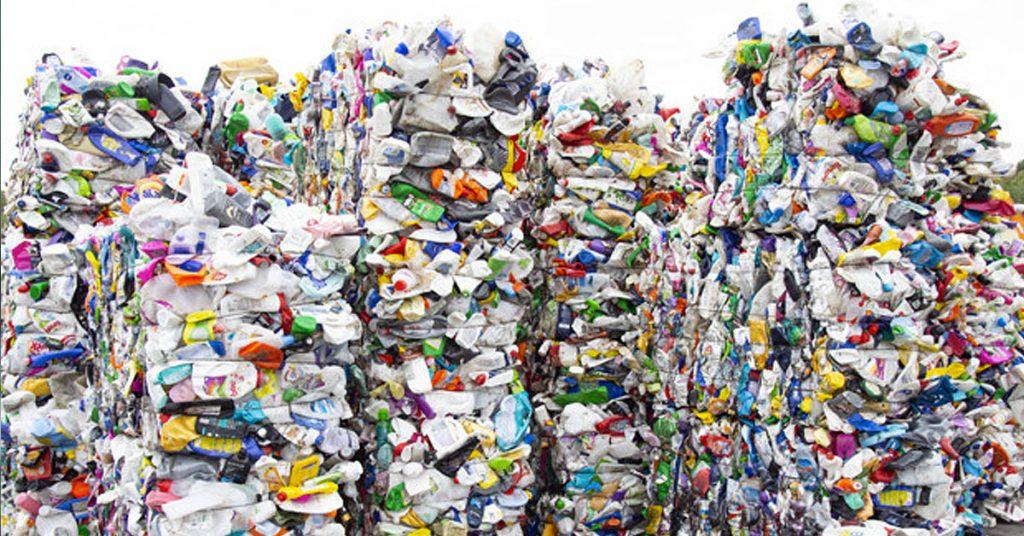 Diferencia de reutilizar, reducir y reciclar: no los confundas
