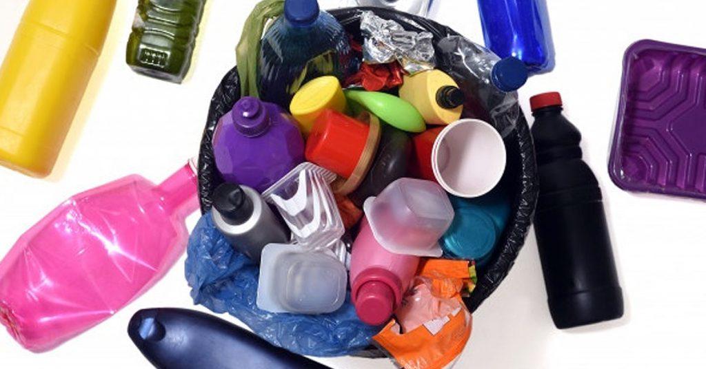 ¿Cómo desecho el bioplástico?
