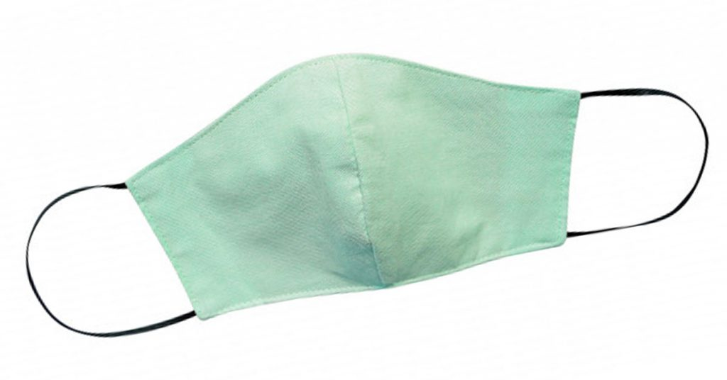 Mascarilla fabricada con tela con abertura para filtro
