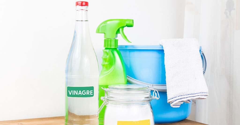 Vinagre-blanco-para-limpieza-del-hogar-portada