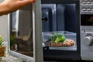 ¿Qué envases son aptos para microondas?